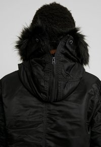 Alpha Industries - LONG FISHTAIL  - Parka - black - 5
