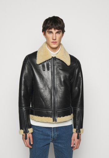 GENTS LEATHER SHORT SHEARLING JACKET