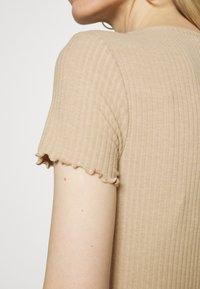 ONLY - OLMEMMA - Basic T-shirt - humus/melange - 4