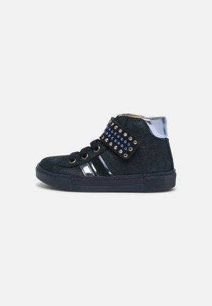 High-top trainers - notte