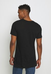 Only & Sons - ONSKARLAN LIFE FISHTALE TEE - T-shirt - bas - black - 2