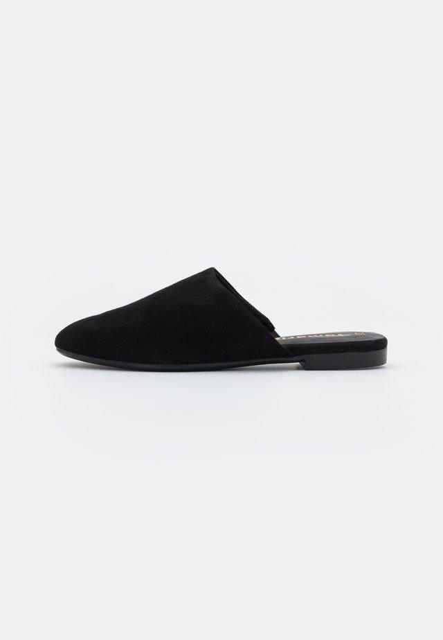 Muiltjes - black