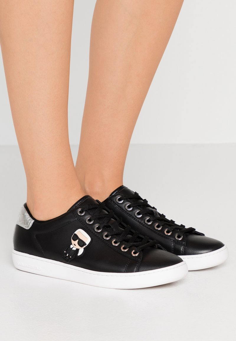 KARL LAGERFELD - KUPSOLE IKONIC LACE - Sneakers laag - black