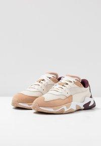 Puma - STORM ORIGIN - Trainers - nougat/whisper white - 4