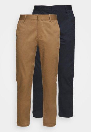 2 PACK - Chino kalhoty - navy/tan