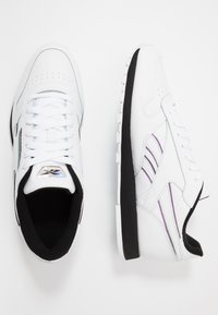Reebok Classic - CL - Trainers - white/black/silver metallic - 1