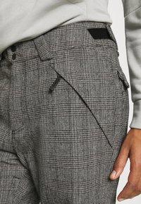 O'Neill - Snow pants - white/black - 7