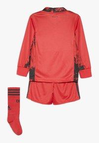 adidas Performance - DEUTSCHLAND DFB TORWART HEIMTRIKOT MINI - Oblečení národního týmu - glory red - 1