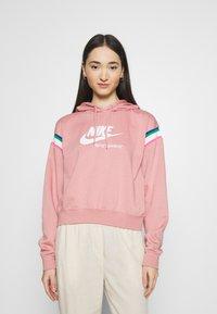 Nike Sportswear - HOODIE - Hoodie - rust pink/white - 0