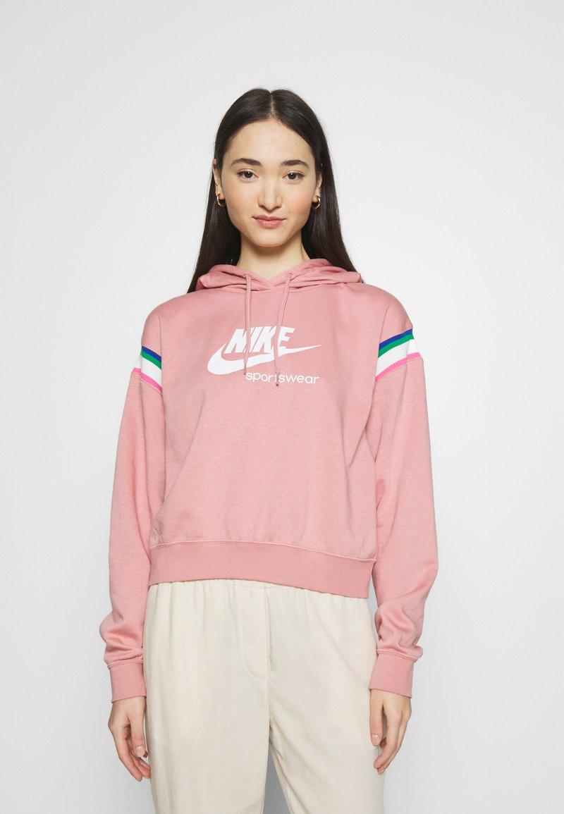 Nike Sportswear - HOODIE - Hoodie - rust pink/white