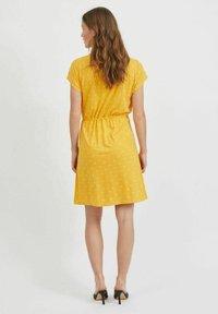 Vila - VIMOONEY STRING - Jersey dress - yolk yellow - 2