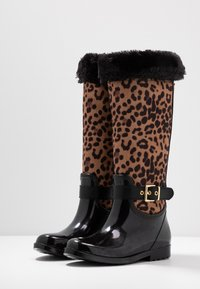 Guess - CICELY - Snowboots  - brown - 4