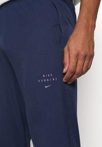 Nike Performance - Pantalones deportivos - midnight navy/black - 3