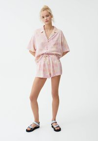 PULL&BEAR - Button-down blouse - pink - 1