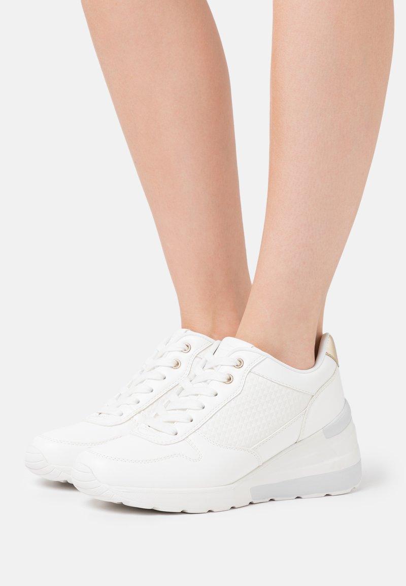 Anna Field - Zapatillas - white