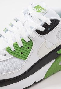 Nike Sportswear - AIR MAX 90 - Sneakers - white/chlorophyll/black - 5
