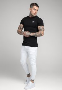 SIKSILK - DISTRESSED - Jeans Skinny Fit - white - 1