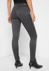 ORSAY - Trousers - grau - 2
