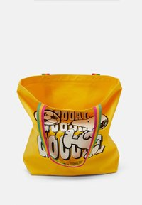 Levi's® - SNOOPY SPORT GOAL TOTE UNISEX - Tote bag - regular yellow - 2