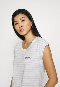 Esprit - TEE - Print T-shirt - pastel blue - 3