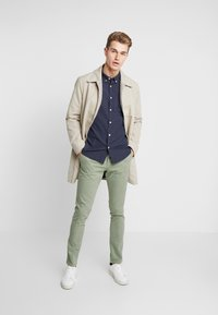 Selected Homme - LUCA - Chinos - sea spray - 1