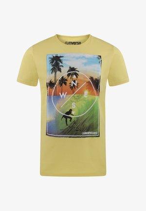 RIVLUKAS - Print T-shirt - gelb (ljd)