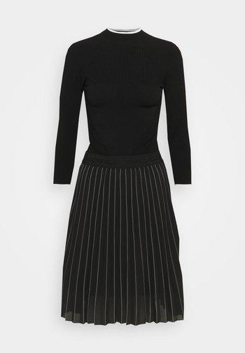 KNITWEAR DRESS - Jumper dress - black