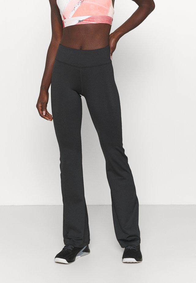 BOOTCUT - Pantaloni sportivi - night black