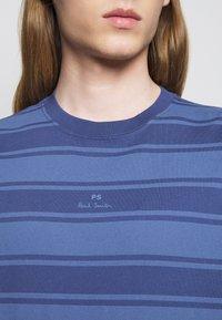 PS Paul Smith - Print T-shirt - bright blue - 5