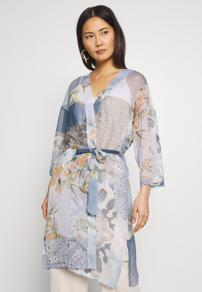 Cream - LADY KIMONO - Lett jakke - coronet blue