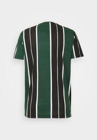 Brave Soul - ROCKY - Print T-shirt - bottle green/white/black - 6