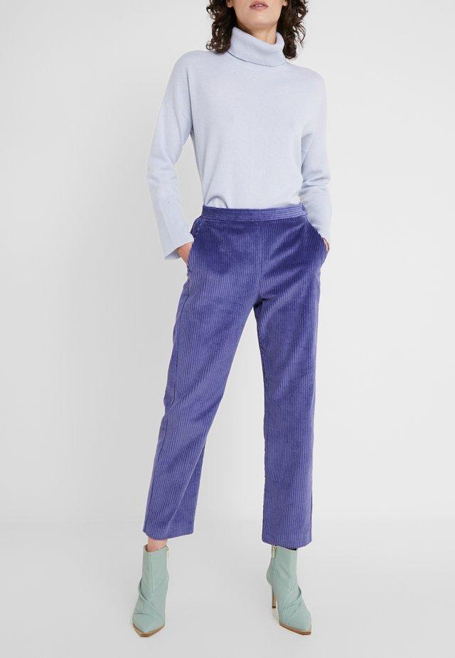 DIVINITA - Spodnie materiałowe - light blue