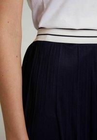 Oui - A-line skirt - nightsky - 3