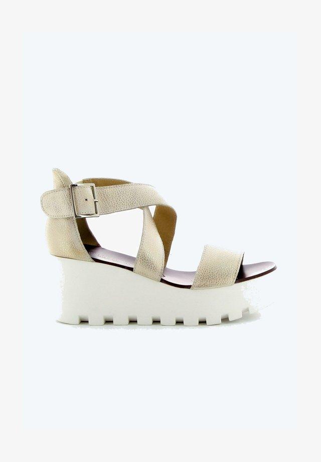 SWEET LEMON SUBWAY - Sandalen met plateauzool - beige nude