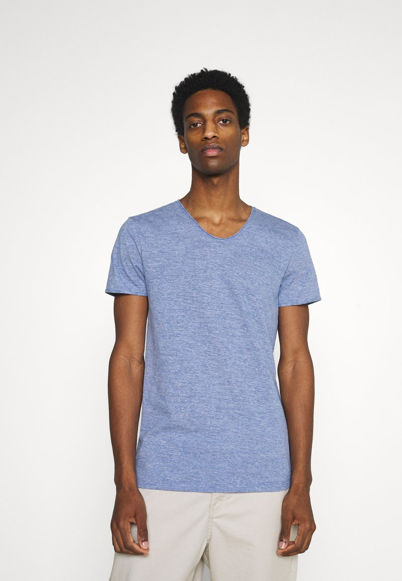 TOM TAILOR DENIM - TEE WITH BACKPRINT - Basic T-shirt - shiny royal non solid