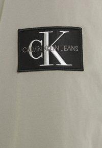 Calvin Klein Jeans - HARRINGTON - Summer jacket - elephant skin - 3