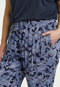 Kaffe Curve - Trousers - blue paisley print - 3