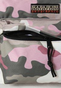 Napapijri - VOYAGE PRINT - Rucksack - pink camo - 4