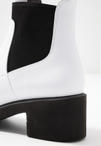 Camper - Classic ankle boots - white/black - 2