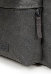 Eastpak - CONTEMPORARY - Plecak - dark grey - 3