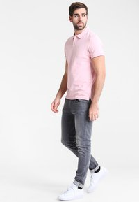 Pier One - Polo shirt - pink - 1