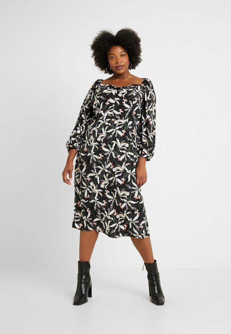 Glamorous Curve - ORIENTAL FLORAL MILKMAID DRESS - Day dress - oriental