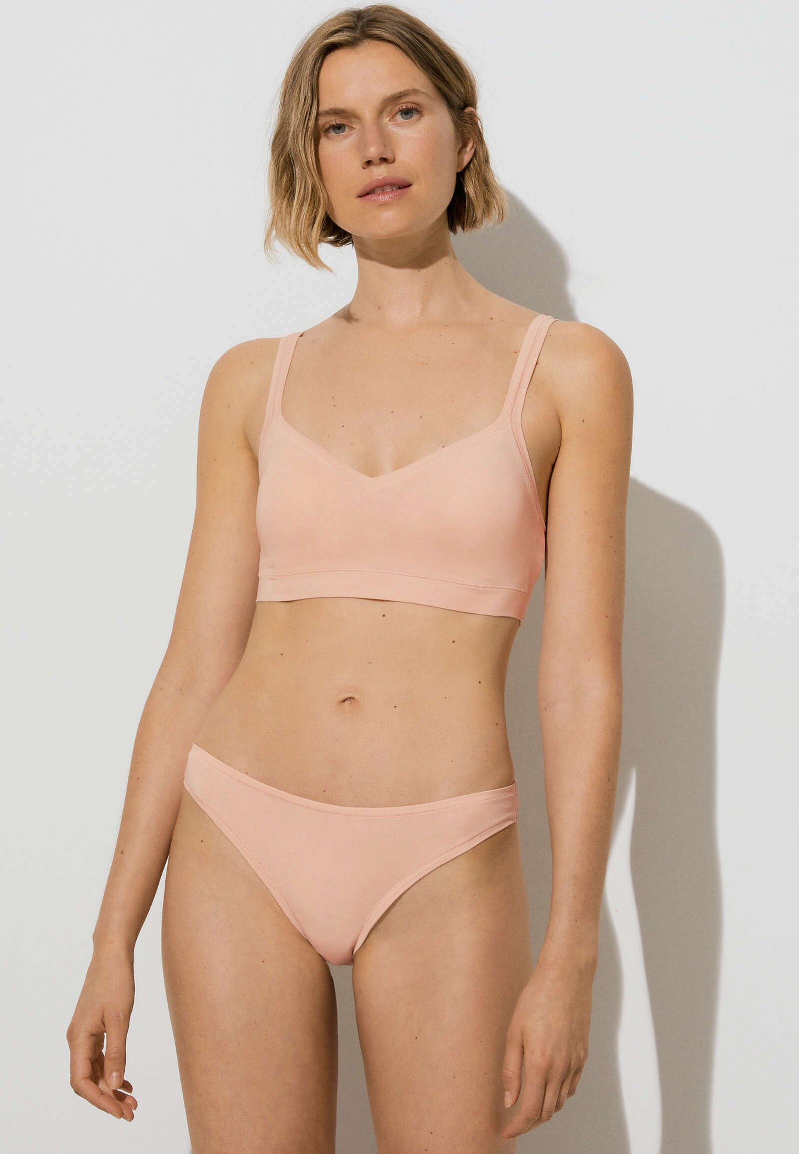 Femme COMFORT WITH REMOVABLE CUPS - Brassière