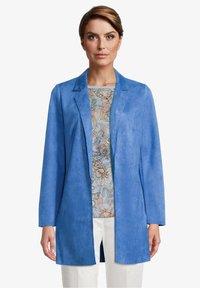 Betty Barclay - Short coat - blue - 0
