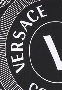 Versace Jeans Couture - Triko spotiskem - nero - 2