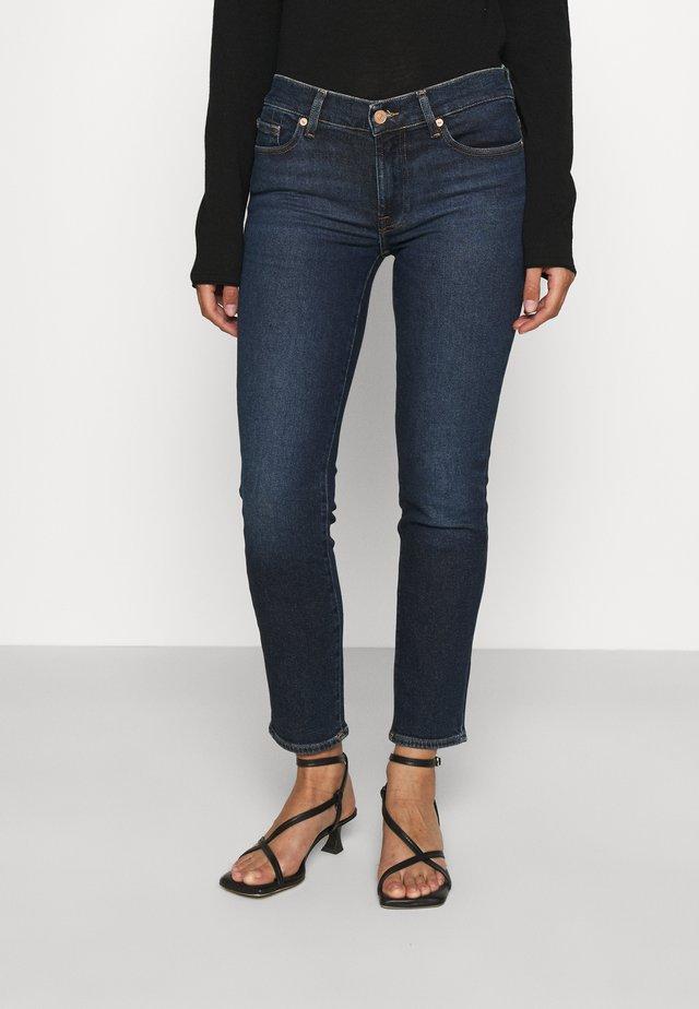 ROXANNE ANKLE LUXVINCHA - Slim fit jeans - dark blue