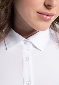 Eterna - SLIM FIT - Button-down blouse - white - 2