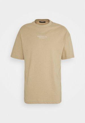 JPRBLAGEO BOX FIT TEE - T-shirt med print - white pepper