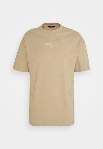 JPRBLAGEO BOX FIT TEE - Print T-shirt - white pepper