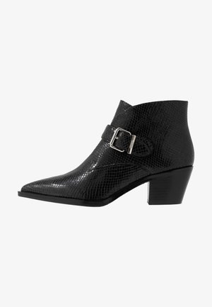 WESTERN ROAD - Ankle boots - black